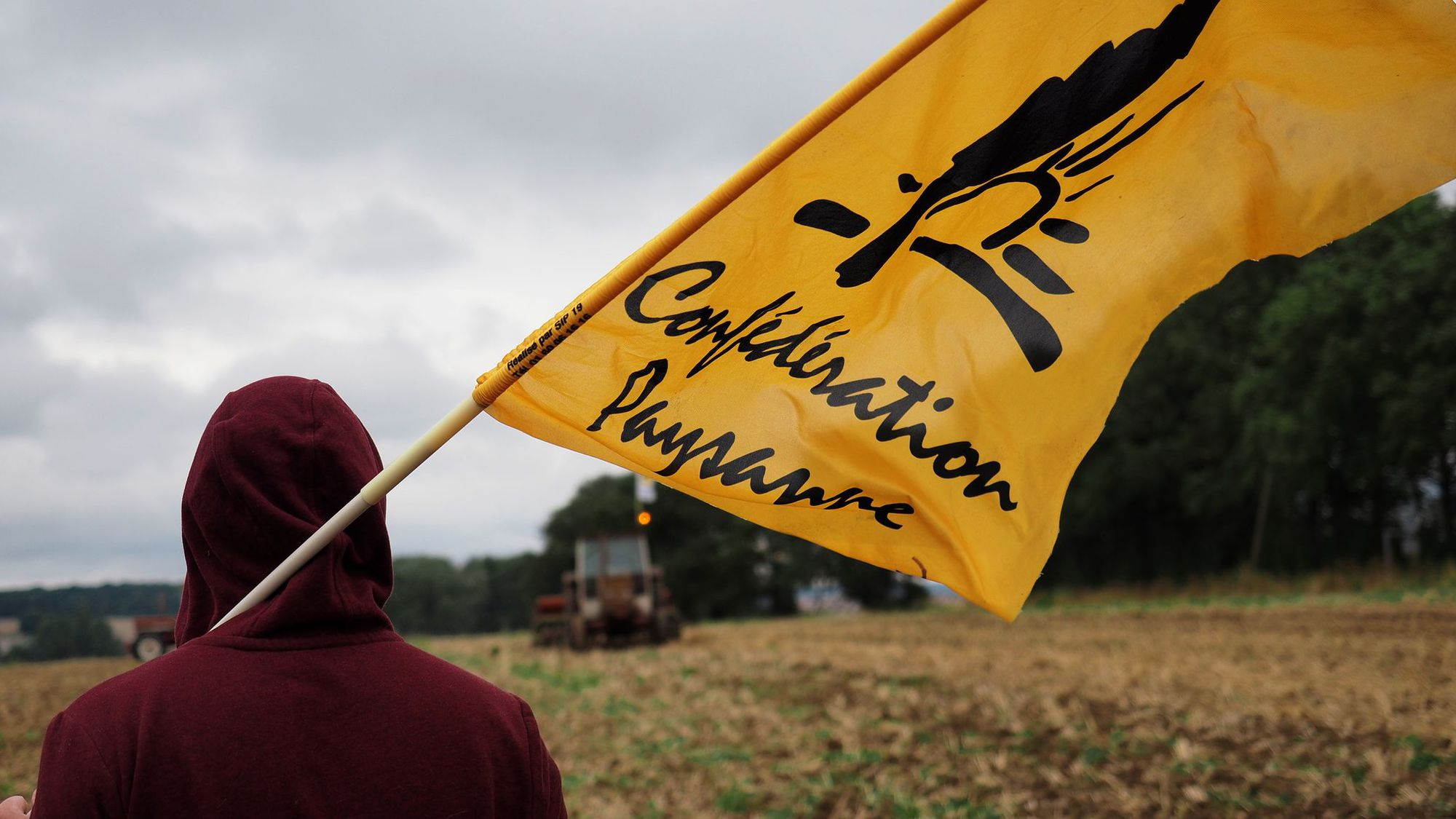 Un militante della confederation paysanne